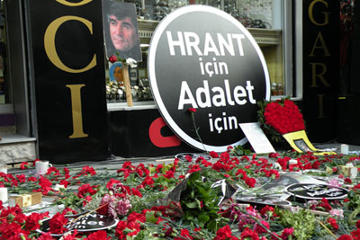 """""""For Hrant, For Justice"""". Image from Radikal"""